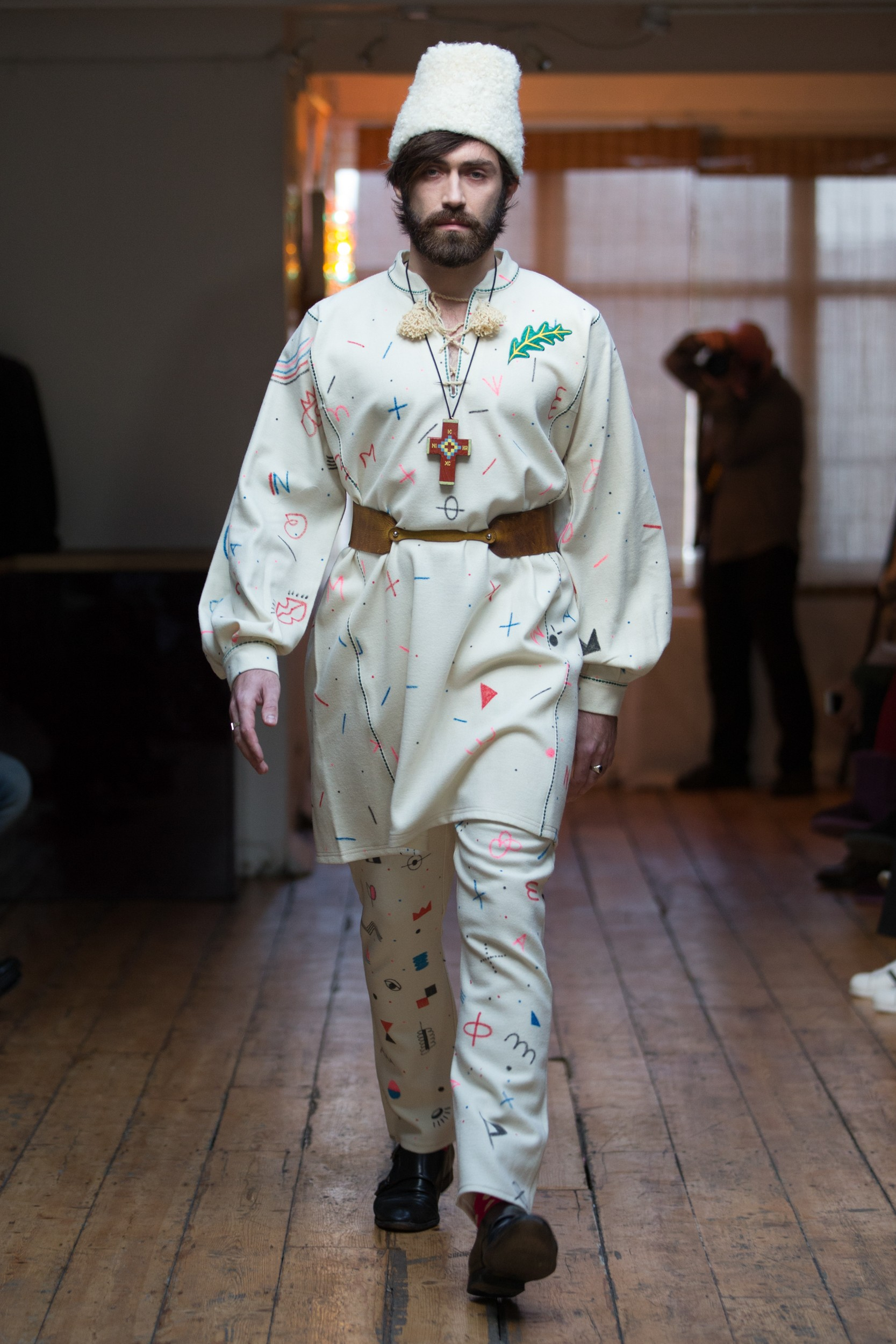London Collections: Men Autumn Winter 2016 – Florin Dobre
